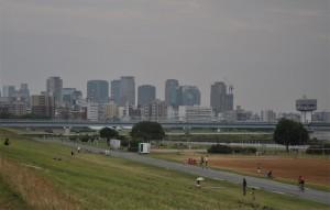 淀川から見た大阪市内