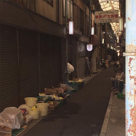 中津商店街の野菜売