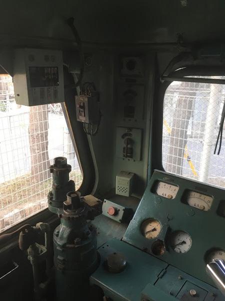 国内に唯一現存するEH10電気機関車の車内