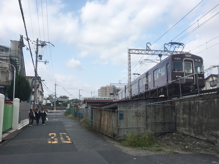 阪急柴島駅付近